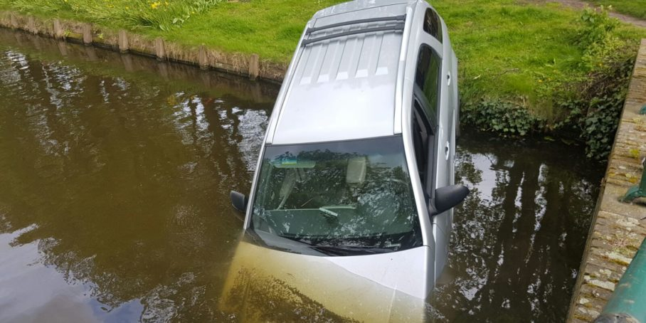 auto-te-water-aalsmeer
