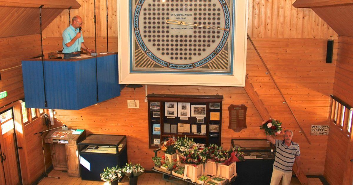 Historische Tuin Aalsmeer : Jubileumveiling op de historische tuin radio aalsmeer